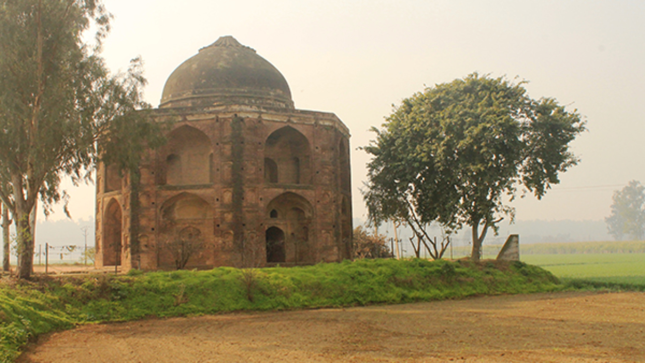 Alawal Khan Tomb