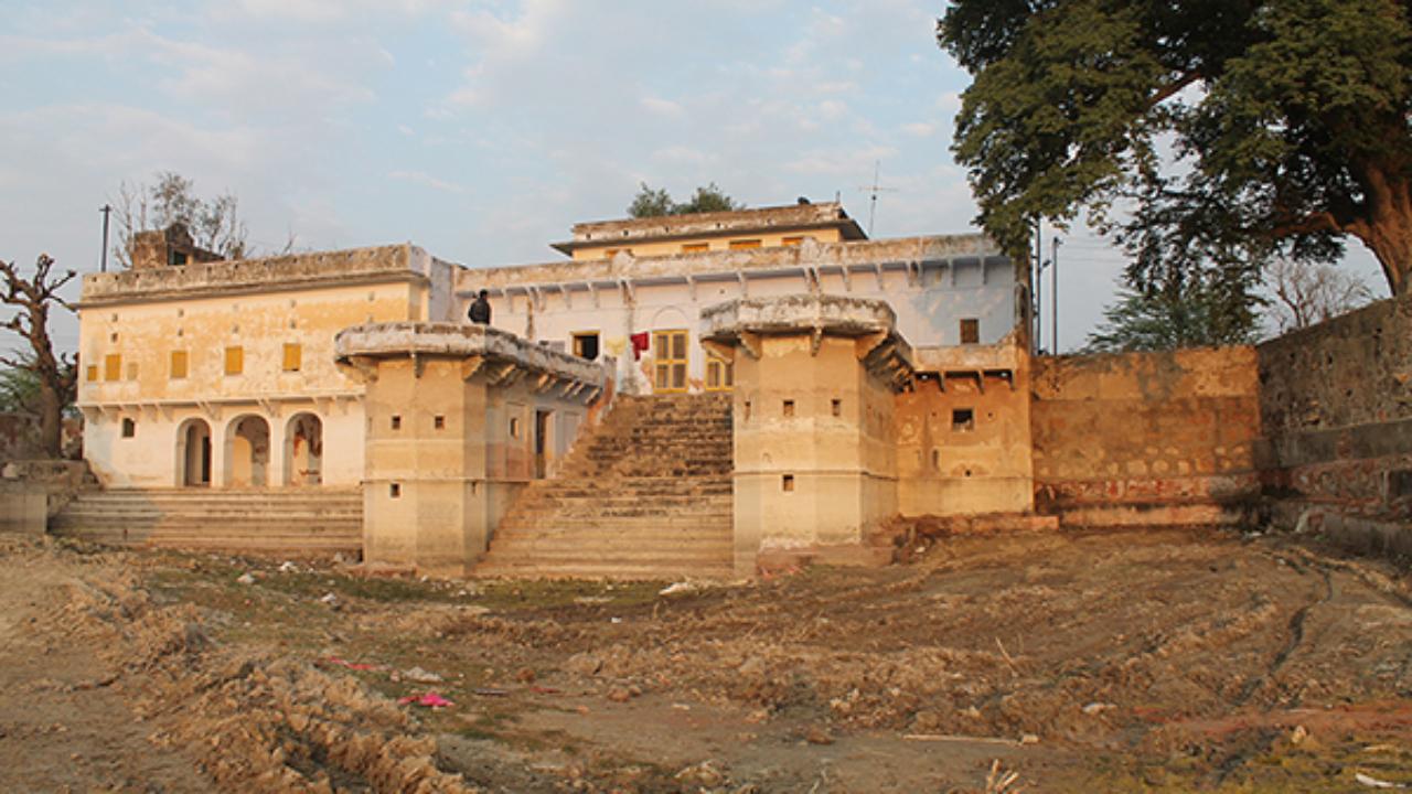 Balaji Mandir in Devyani Kund