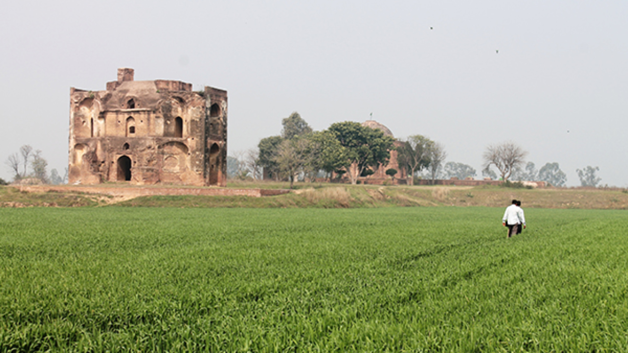 Tombs of Hussain Khan and Nawab Bahadur Khan